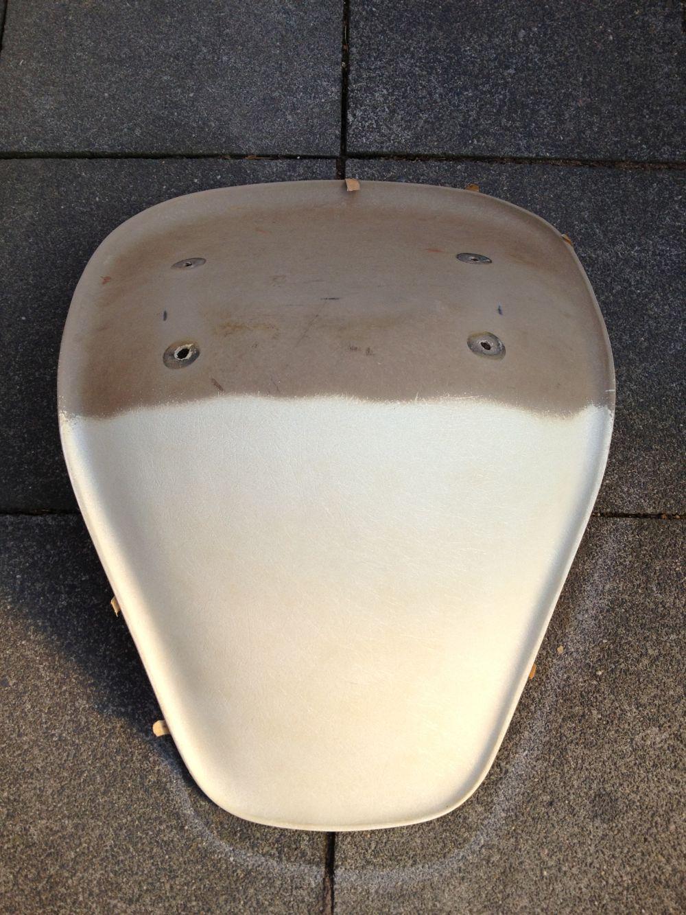 Sitzschale-Stadion-reinigen