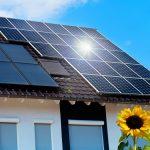 Reinigung von Photovoltaikanlagen und Solaranlagen